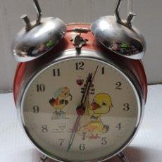 Despertadores antiguos: RELOJ DESPERTADOR DIAMOND INFANTIL DOBLE CAMPANA CON MOVIMIENTO DE ALA. Lote 242861205