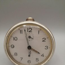 Despertadores antiguos: RELOJ DESPERTADOR JAZ. CARGA MANUAL AÑOS '60. Lote 243914025