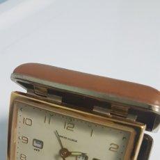 Despertadores antiguos: RELOJ DESPERTADOR TOKYO CLOCK TRIPLE CALENDARIO AÑOS 70. Lote 247015355