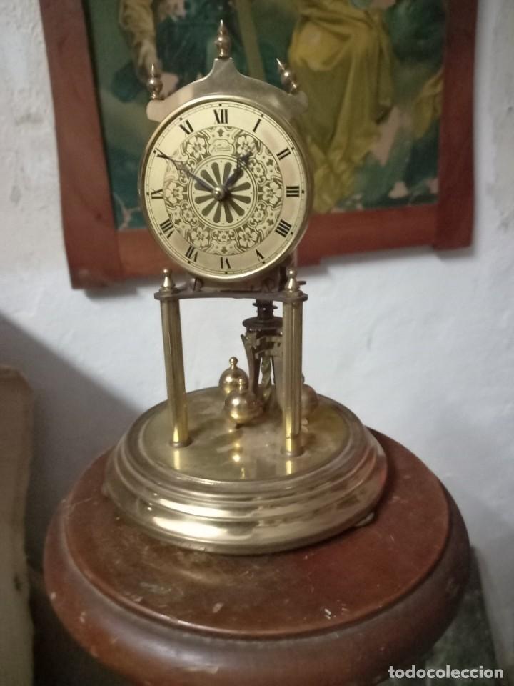 ANTIGUO RELOJ KUNDO DE SOBREMESA PARA RESTAURAR MAQUINARIA MECÁNICA (Relojes - Relojes Despertadores)