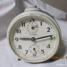 Despertadores antiguos: RELOJ DESPERTADOR VINTAGE CARTEL FABRICACION ESPAÑOLA. Lote 253176950