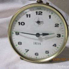 Despertadores antiguos: RELOJ DESPERTADOR VINTAGE IRSA FABRICACION BRITANICA. Lote 253179375