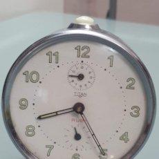 Despertadores antiguos: RELOJ DESPERTADOR TITAN FUNCIONANDO. Lote 257138105