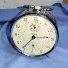 Despertadores antiguos: ANTIGUO RELOJ DESPERTADOR TITAN FUNCIONA. Lote 257601570