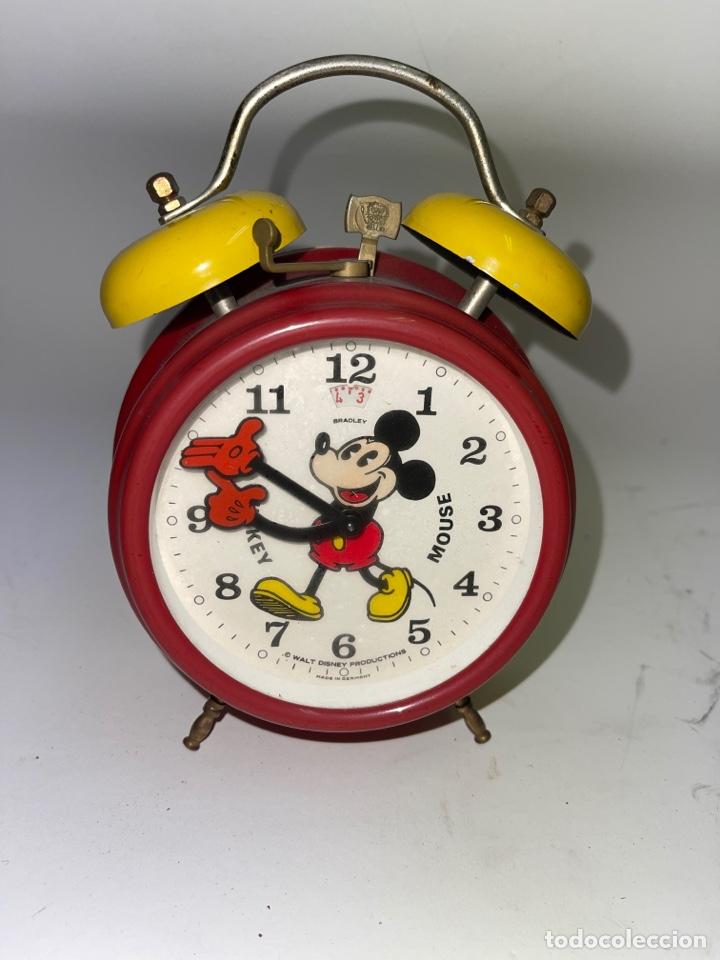 DESPERTADOR MICKEY MOUSE. BRADLEY. AÑOS 70. (Relojes - Relojes Despertadores)