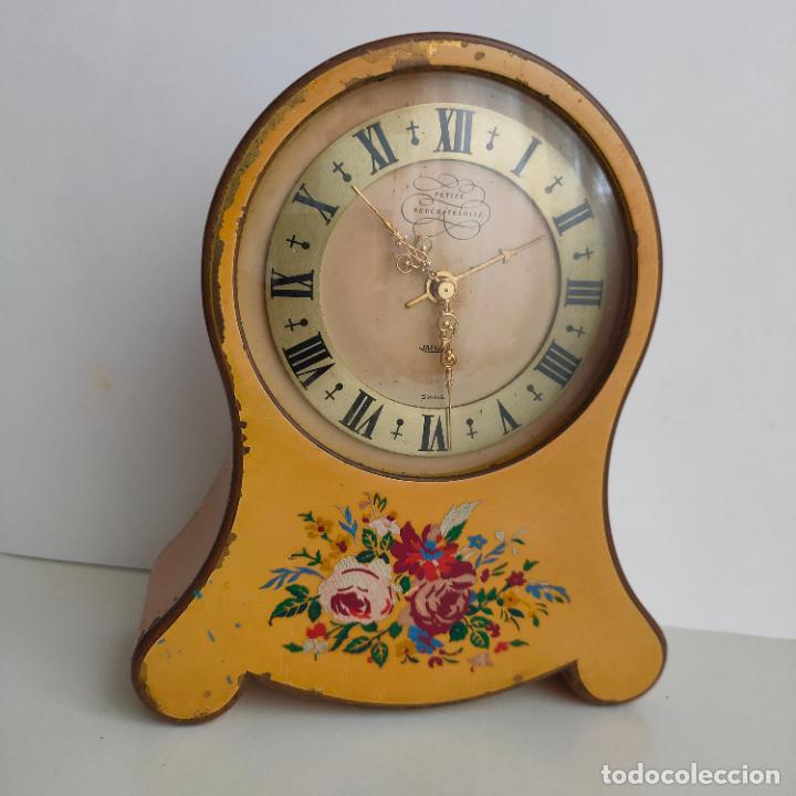 "RELOJ DESPERTADOR SUIZO JAEGER ""PETIT NEUCHATELOISE"" . AÑOS 50 (Relojes - Relojes Despertadores)"