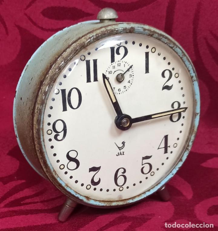 DESPERTADOR VINTAGE - AÑOS 60 - MARCA JAZ - 80 MM ESFERA - FUNCIONA. MADE IN FRANCE (Relojes - Relojes Despertadores)