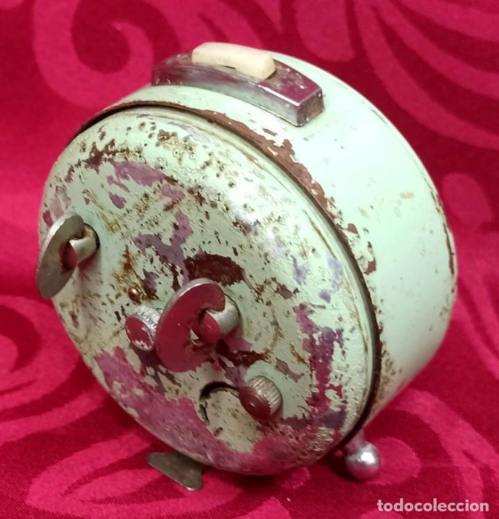 Despertadores antiguos: Despertador vintage - Años 60 - MARCA GANG - 80 mm esfera - NO Funciona. - Foto 4 - 261822750