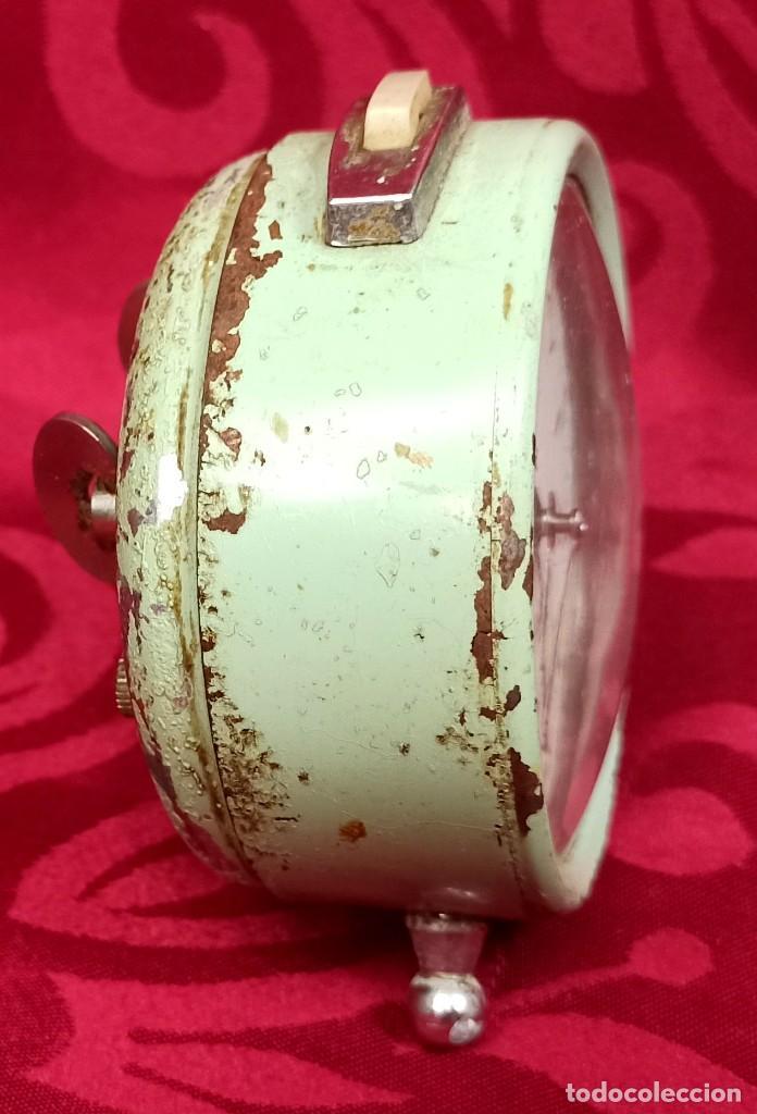 Despertadores antiguos: Despertador vintage - Años 60 - MARCA GANG - 80 mm esfera - NO Funciona. - Foto 5 - 261822750