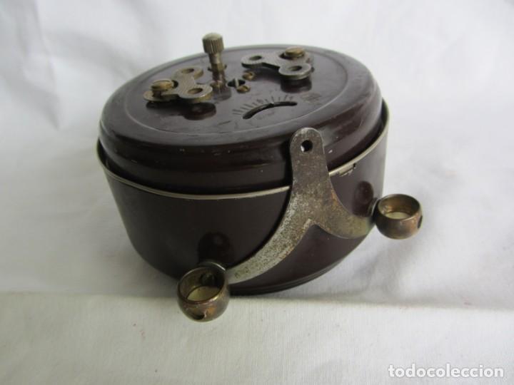 Despertadores antiguos: Reloj despertador de sobremesa Wilco, funcionando - Foto 7 - 262594920