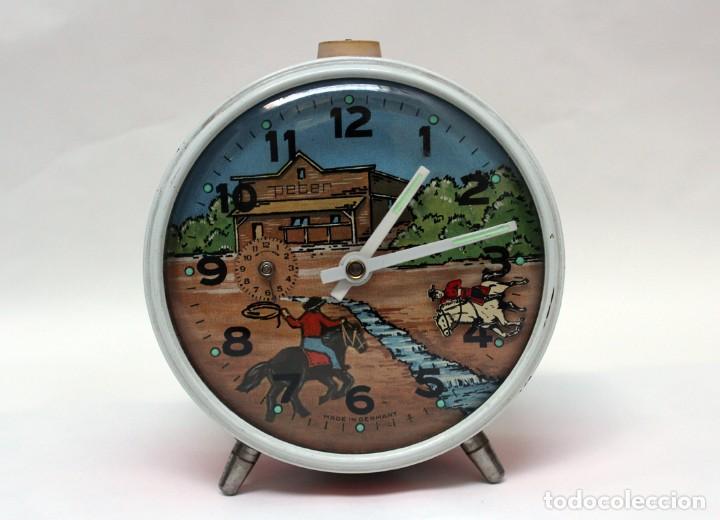 RELOJ DESPERTADOR PETER. AÑOS 60 -MADE IN GERMANY. EL CABALLO PEQUEÑO SE MUEVE.... (Relojes - Relojes Despertadores)
