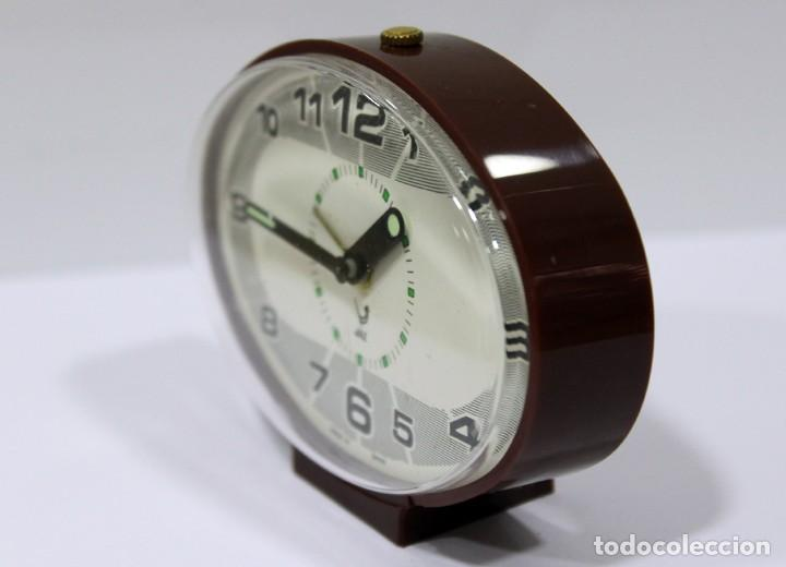 Despertadores antiguos: Reloj despertador JAZ - Made in Spain. Como nuevo. - Foto 4 - 265450289