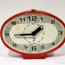 Despertadores antiguos: RELOJ DESPERTADOR JAZ - OVALADO. MADE IN SPAIN.. Lote 265453214