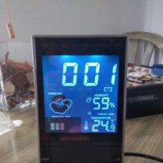 Despertadores antiguos: RELOJ SOBREMESA TEMPERATURA HUMEDAD NUEVO. Lote 266359888