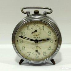 Despertadores antiguos: RELOJ DESPERTADOR TITAN. FUNCIONANDO. ANTIGUO.. Lote 267618734