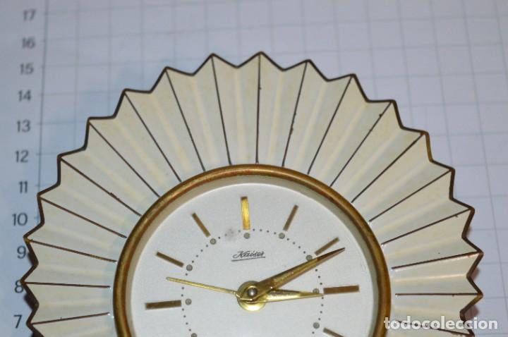 Despertadores antiguos: ART DECÓ / Vintage - RELOJ despertador - KAISER / Made In Germany / Carga manual - ¡Mira, precioso! - Foto 5 - 267671779