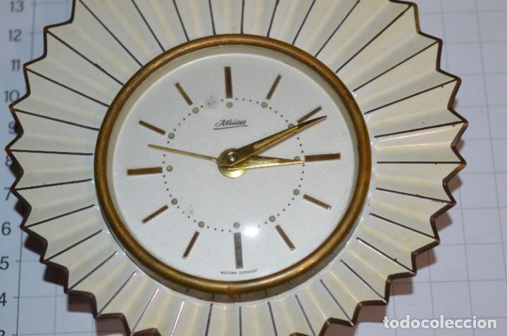 Despertadores antiguos: ART DECÓ / Vintage - RELOJ despertador - KAISER / Made In Germany / Carga manual - ¡Mira, precioso! - Foto 6 - 267671779