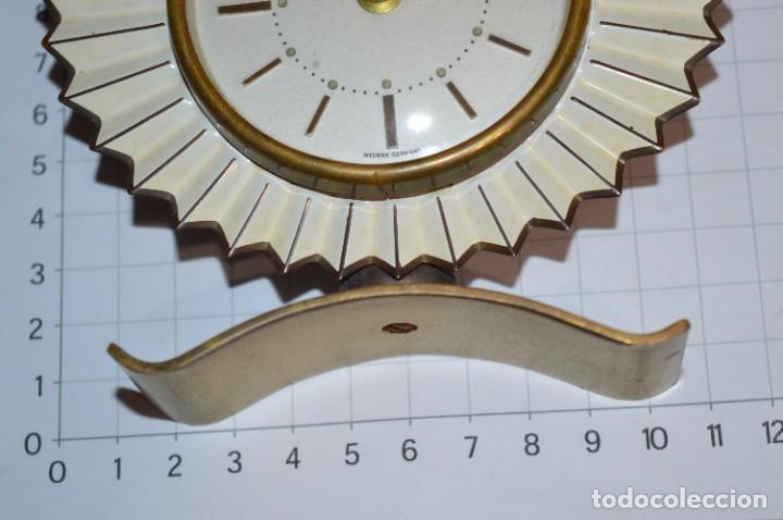 Despertadores antiguos: ART DECÓ / Vintage - RELOJ despertador - KAISER / Made In Germany / Carga manual - ¡Mira, precioso! - Foto 8 - 267671779
