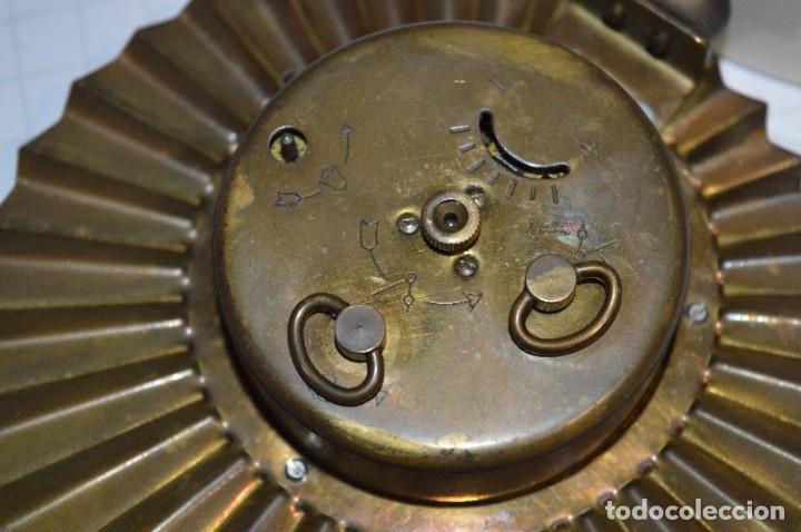 Despertadores antiguos: ART DECÓ / Vintage - RELOJ despertador - KAISER / Made In Germany / Carga manual - ¡Mira, precioso! - Foto 11 - 267671779