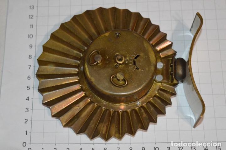 Despertadores antiguos: ART DECÓ / Vintage - RELOJ despertador - KAISER / Made In Germany / Carga manual - ¡Mira, precioso! - Foto 14 - 267671779