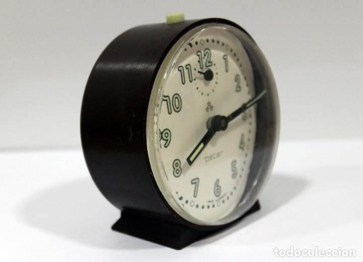 Despertadores antiguos: Reloj despertador PETER. Made in Germany. - Foto 2 - 275103303