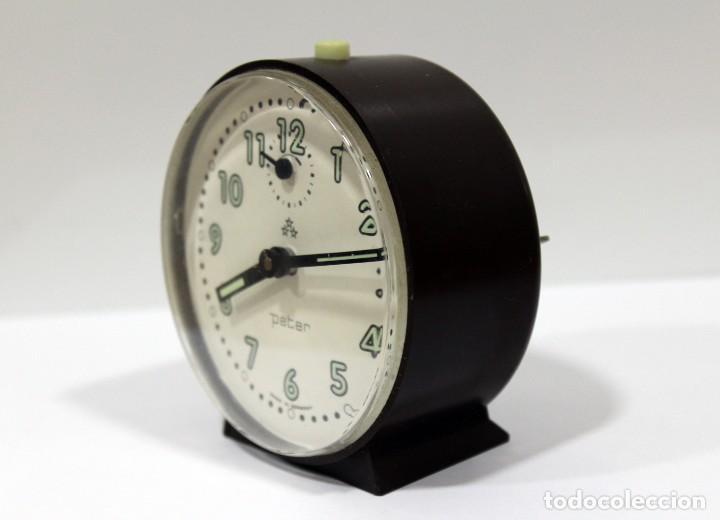 Despertadores antiguos: Reloj despertador PETER. Made in Germany. - Foto 3 - 275103303