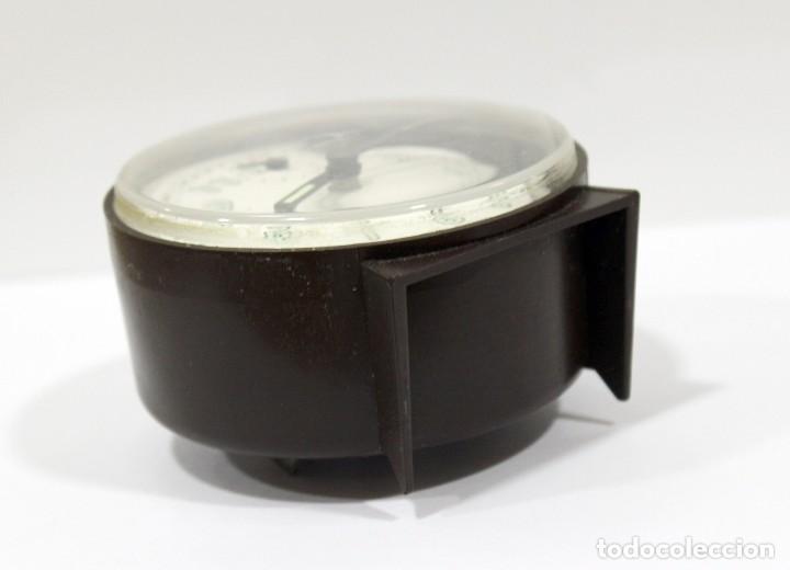 Despertadores antiguos: Reloj despertador PETER. Made in Germany. - Foto 6 - 275103303