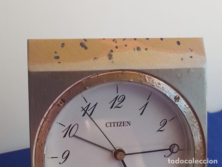 Despertadores antiguos: Reloj de mesa de la marca Citizen, vintage, años 70-1980,con alarma - Foto 2 - 275782913