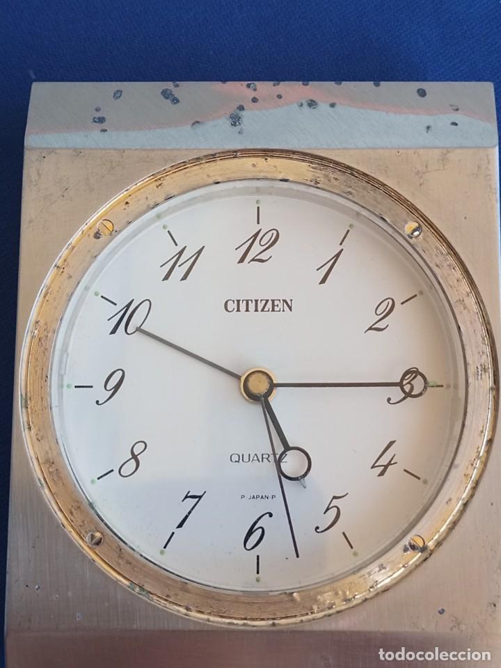 Despertadores antiguos: Reloj de mesa de la marca Citizen, vintage, años 70-1980,con alarma - Foto 8 - 275782913