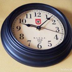 Despertadores antiguos: PENDULE ARMEE ALLEMANDE N.S.D.A.P BERLIN 1939. Lote 277210208