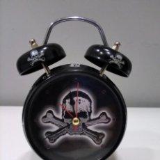 Despertadores antiguos: RELOJ DESPERTADOR CALAVERA.. Lote 277228963