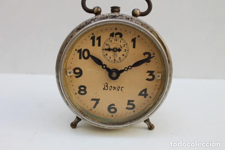ANTIGUO DESPERTADOR BOXER - FUNCIONA. (Relojes - Relojes Despertadores)