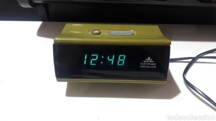 RELOJ DESPERTADOR DIGITAL LED AÑOS 70 - 80 MEISTER ANKER FUNCIONANDO (Relojes - Relojes Despertadores)