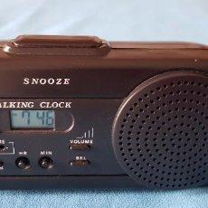 Despertadores antiguos: RELOJ DESPERTADOR PARLANTE. DA LA HORA Y MINUTOS CON VOZ HUMANA EN ESPAÑOL. Lote 282065628