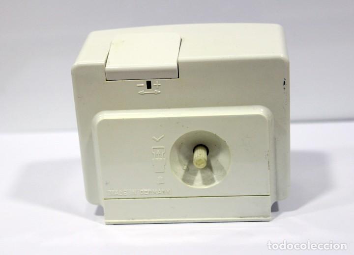 Despertadores antiguos: Reloj despertador RADIANT EURO - VOX ELECTRONIC . FUNCIONANDO. MADE IN GERMANY. MUY BONITO. FUNCIONA - Foto 6 - 283784983