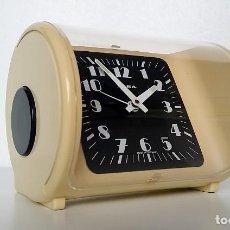 Despertadores antiguos: RELOJ DESPERTADOR IRSA SPACE AGE. Lote 289606963