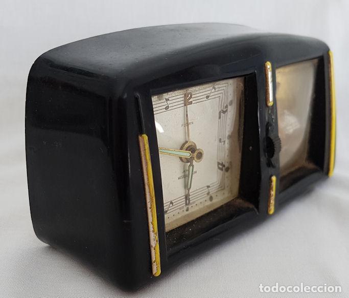 Despertadores antiguos: RELOJ DESPERTADOR CON CAJA DE MUSICA Y BAILARINA FLORN - Foto 2 - 290115683