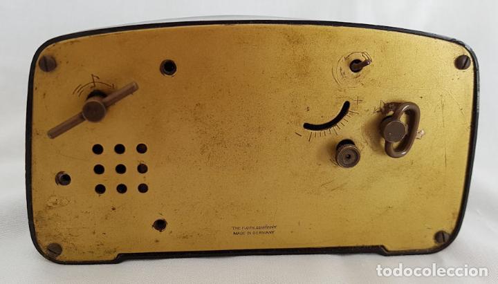 Despertadores antiguos: RELOJ DESPERTADOR CON CAJA DE MUSICA Y BAILARINA FLORN - Foto 3 - 290115683