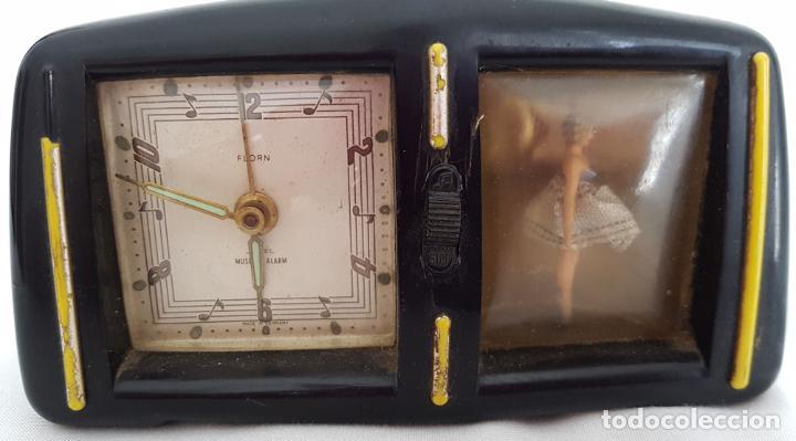RELOJ DESPERTADOR CON CAJA DE MUSICA Y BAILARINA FLORN (Relojes - Relojes Despertadores)