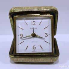 Despertadores antiguos: RELOJ DESPERTADOR EUROPA 2 JEWELS. ESTUCHE DE VIAJE. GERMANY. FUNCIONANDO.. Lote 293456063