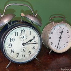 Despertadores antiguos: DOS ANTIGUOS RELOJES DESPERTADORES. Lote 294866773