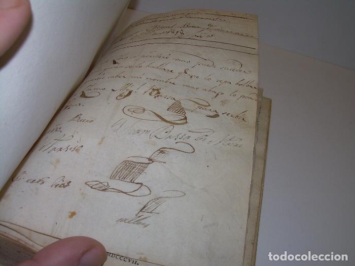 Diccionarios antiguos: LIBRO TAPAS DE PERGAMINO...THESAURUS HISPANO - LATINUS..AÑO 1.807...V.REQUEJO. - Foto 5 - 72817843