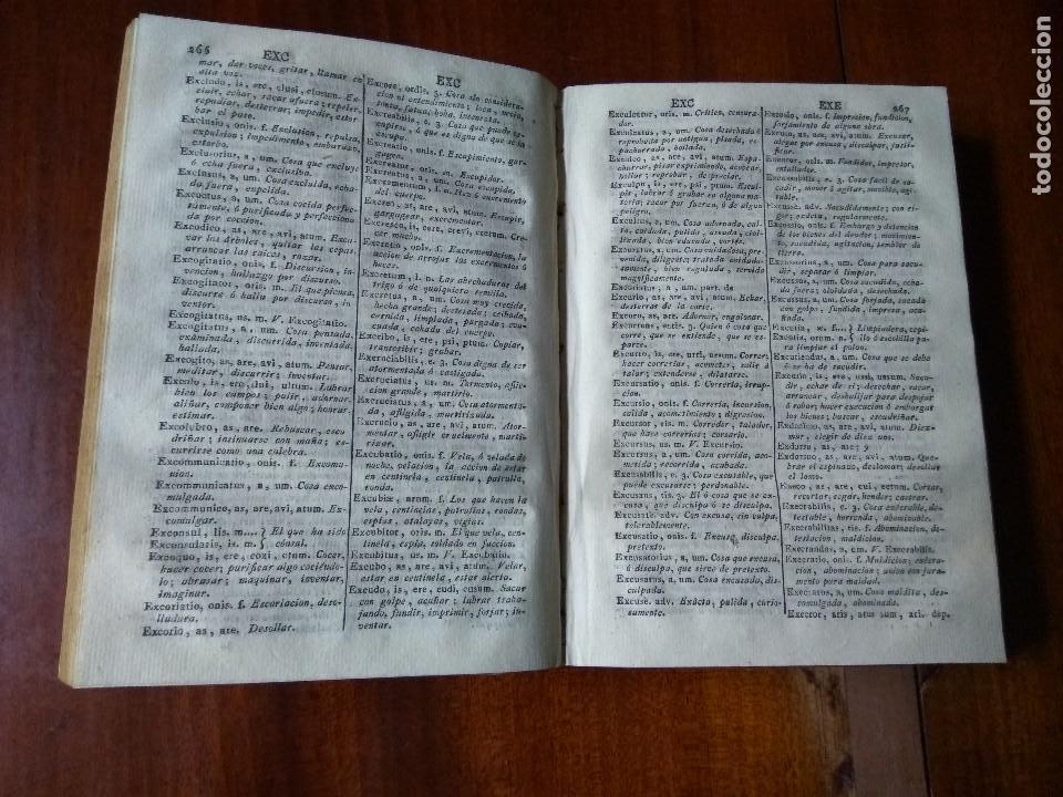 Diccionarios antiguos: Dictionarium manuale Latino-Hispanum ad usum puerorum. Stephano Ximenez (1802) - Foto 2 - 83405176