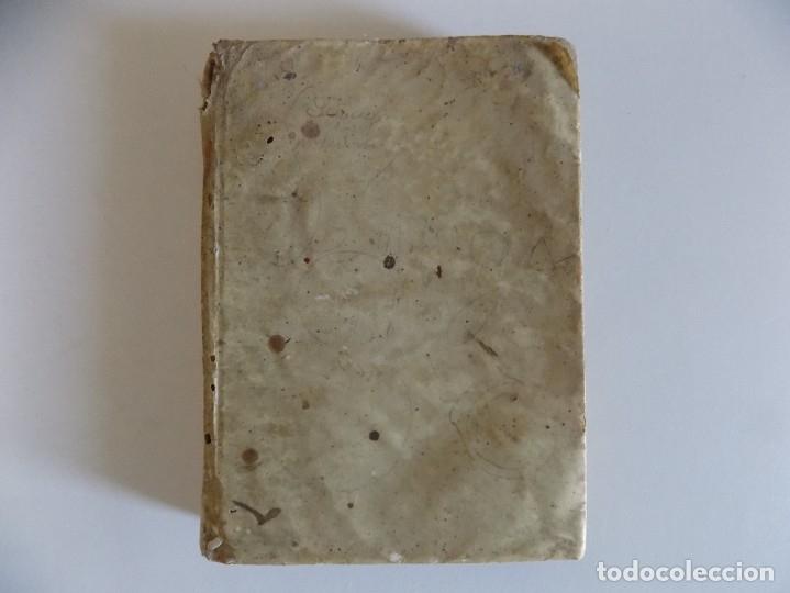 Diccionarios antiguos: LIBRERIA GHOTICA. EDICIÓN EN PERGAMINO DEL THESAURUS HISPANO-LATINUS.POR VALERIANO REQUEJO.1843 - Foto 2 - 176953475