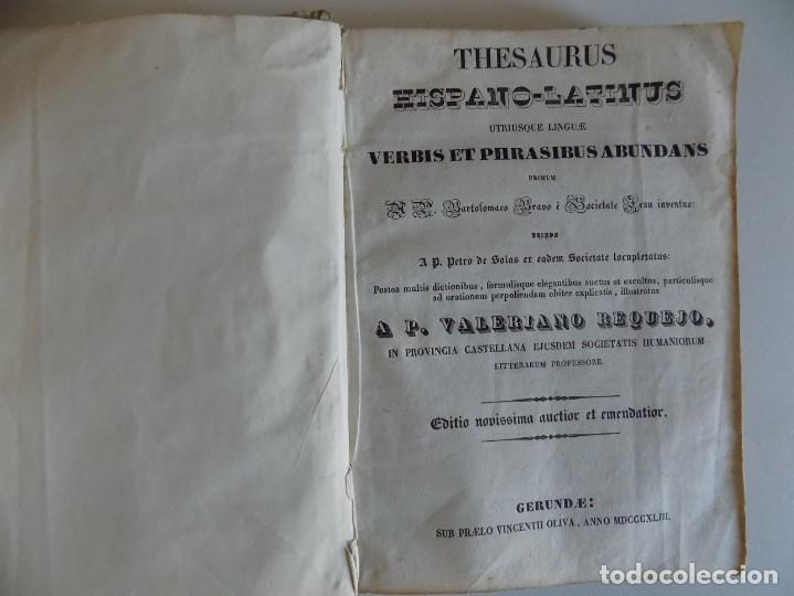 Diccionarios antiguos: LIBRERIA GHOTICA. EDICIÓN EN PERGAMINO DEL THESAURUS HISPANO-LATINUS.POR VALERIANO REQUEJO.1843 - Foto 3 - 176953475