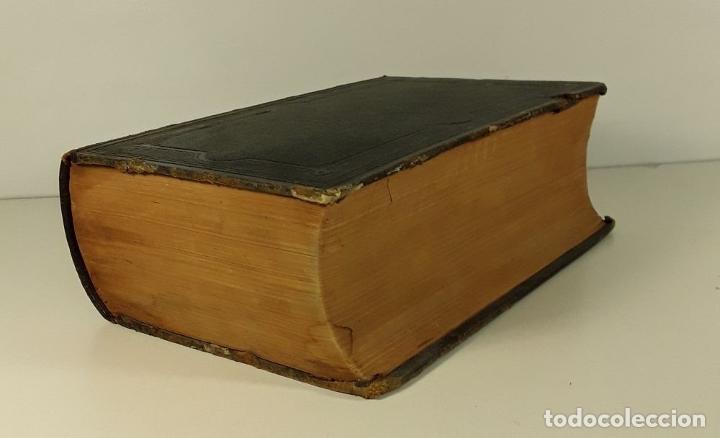 Diccionarios antiguos: DICTIONNAIRE UNIVERSEL DES LITTÉRATURES. G. VAPEREAU. LIBR. HACHETTE ET CIE. PARÍS. 1884. - Foto 2 - 179308711