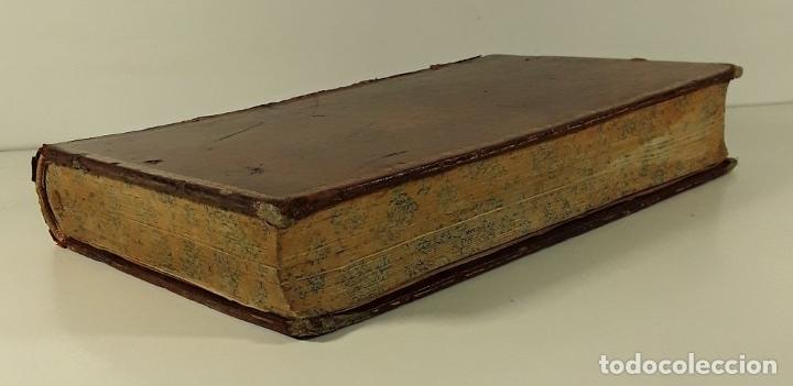 Diccionarios antiguos: DICTIONNAIRE DE MARINE A VOILES ET A VAPEUR. BARON DE BONNEFOUX ET PARIS. EDIT. A. BERTRAND. - Foto 2 - 180919336