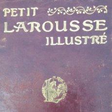 Diccionarios antiguos: PETIT LAROUSE ILUSTRÉ. PARIS. AÑO DE 1906. 5800 GRABADOS. . Lote 198237366