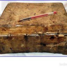 Diccionarios antiguos: AÑO 1681: DICCIONARIO REAL. VOLUMINOSO LIBRO EN PERGAMINO DE 10 CM. DE GROSOR.. Lote 200592622