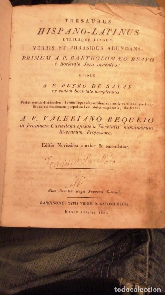 Diccionarios antiguos: THESAURUS HISPANO-LATINUS. DICCIONARIO CASTELANO-LATIN EN TAPAS DE PERGAMINO.AÑO 1831 - Foto 2 - 230404615